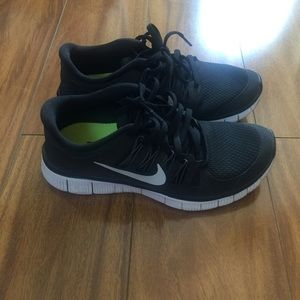 •SALE FOR $28• Black Nike Free 5.0 Running Shoes